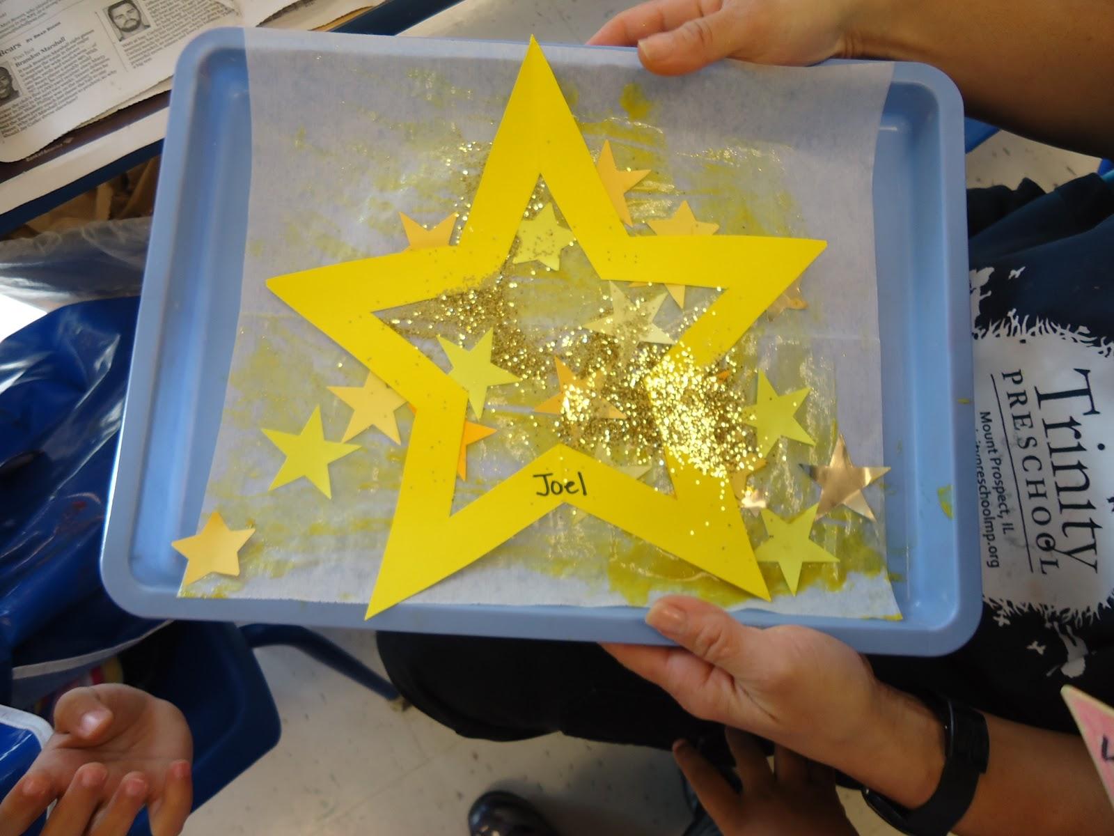Trinity preschool mount prospect star art for twinkle for Christmas star craft ideas