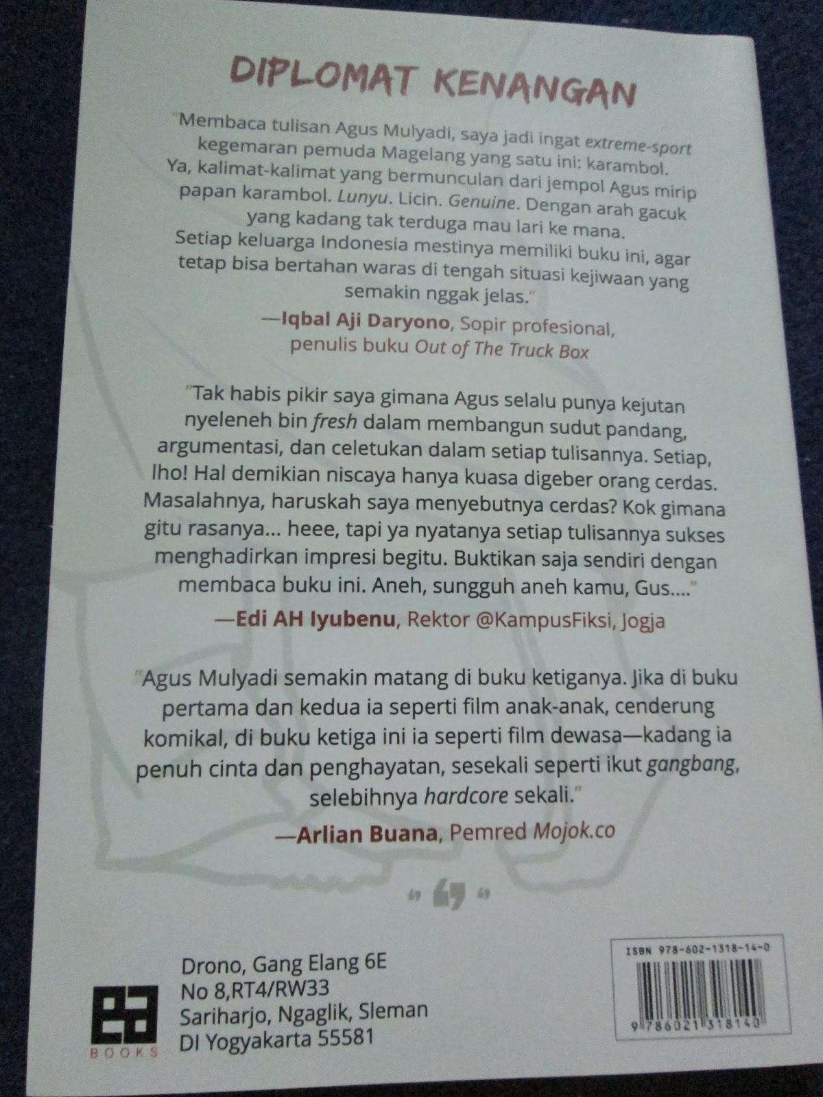 Bagian belakang buku Diplomat Kenangan
