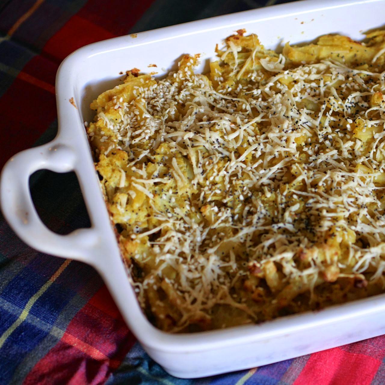 vegan macaroni cheese with sauerkraut, cauliflower and blue cheese
