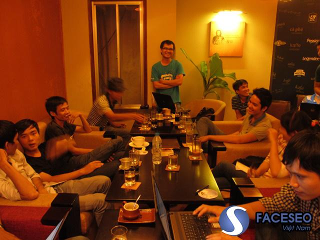 Hoạt động đạo tạo SEO của Linh Nguyễn tại HCM được nhiều SEOER đánh giá cao. Chính vì thế các khóa đào tạo SEO của anh lúc nào cũng đông