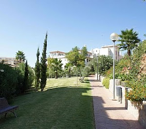 Oasis de la Cala Apartments