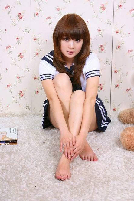 barefoot schoolgirl