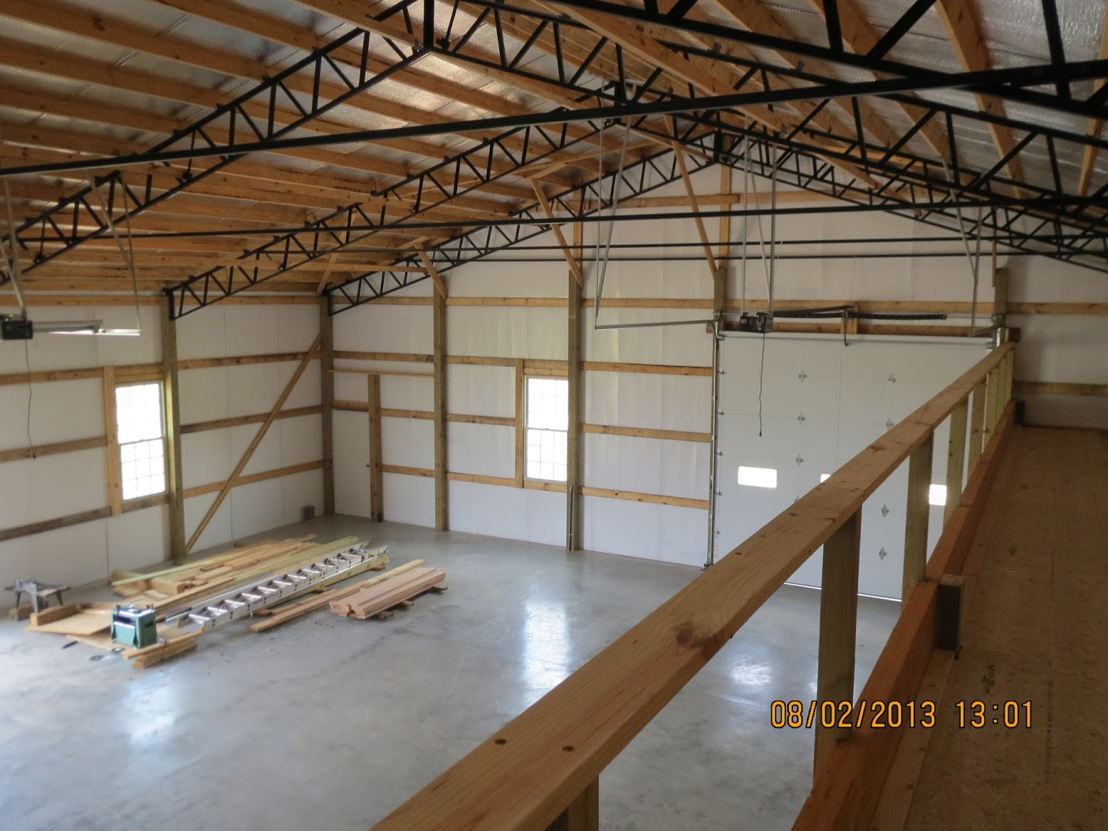 Barn with loft living quarters joy studio design gallery for Pole barn shop plans