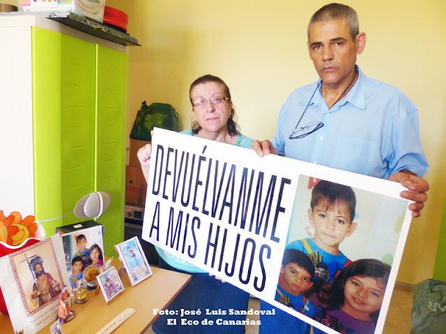 Los padres de los niños de Arucas que les fue retirada su  custodia piden al Gobierno de Canarias que les devuelvan a sus hijos