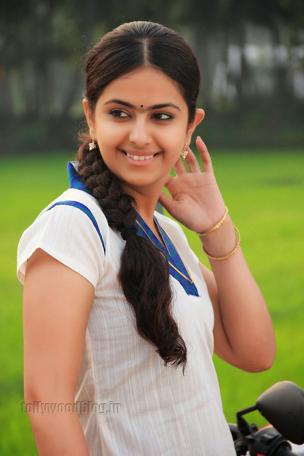 Anandi Avika Gor Photos From Uyyala Jampala