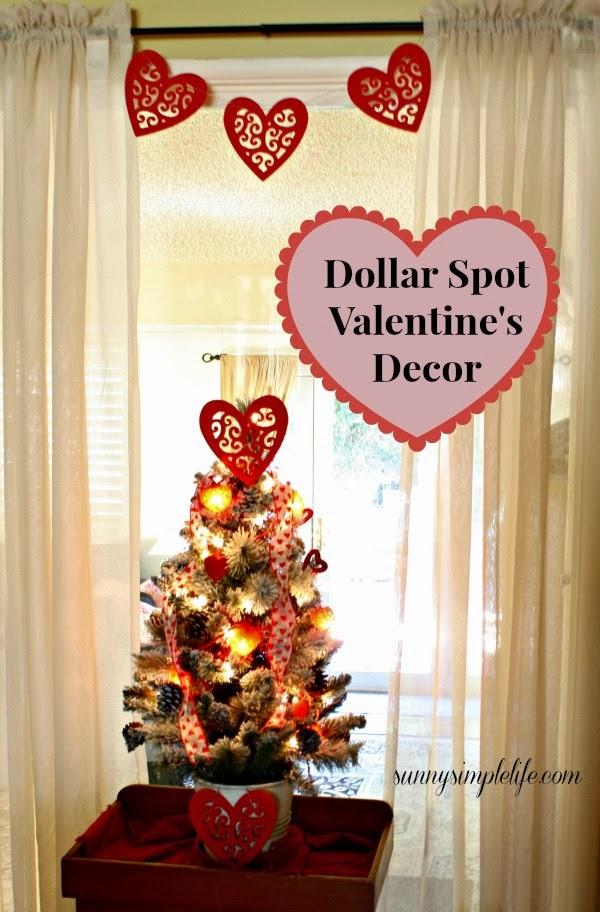 Valentine tree, Valentine swag, Valentine banner, red felt hearts