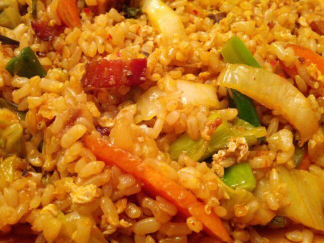 Panda and Mango: Quickie: Kimchi and Bacon Fried Rice