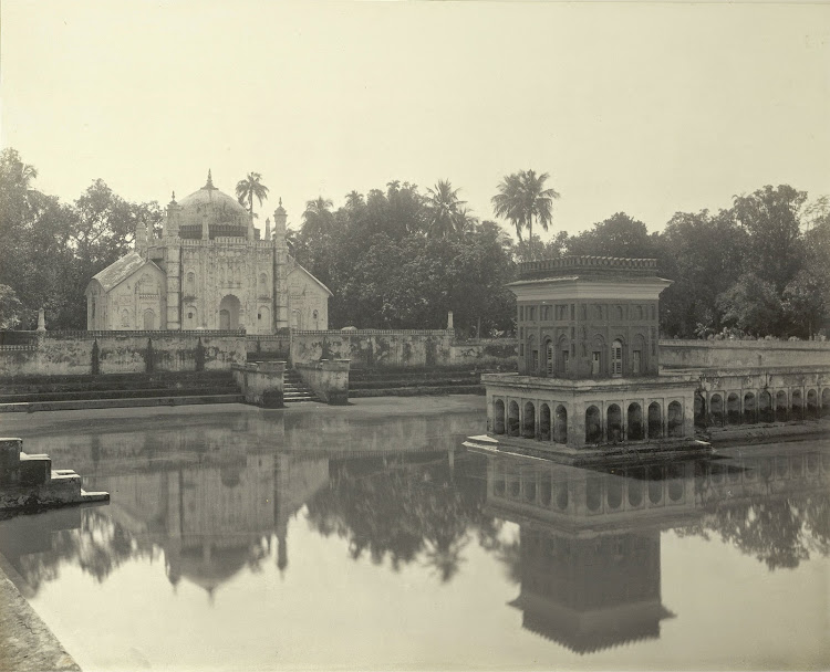The mausoleum of Khoja Anwara (from across the tank) - Burdwan (Bardhaman), Bengal, 1904