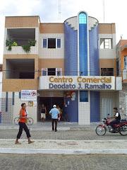 Centro Comercial Deodato Ramalho.