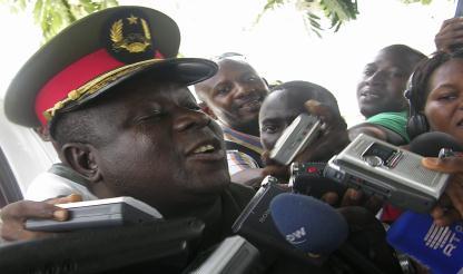 Guiné-Bissau: CEMGFA ANTÓNIO INDJAI AMEAÇA DEMITIR-SE