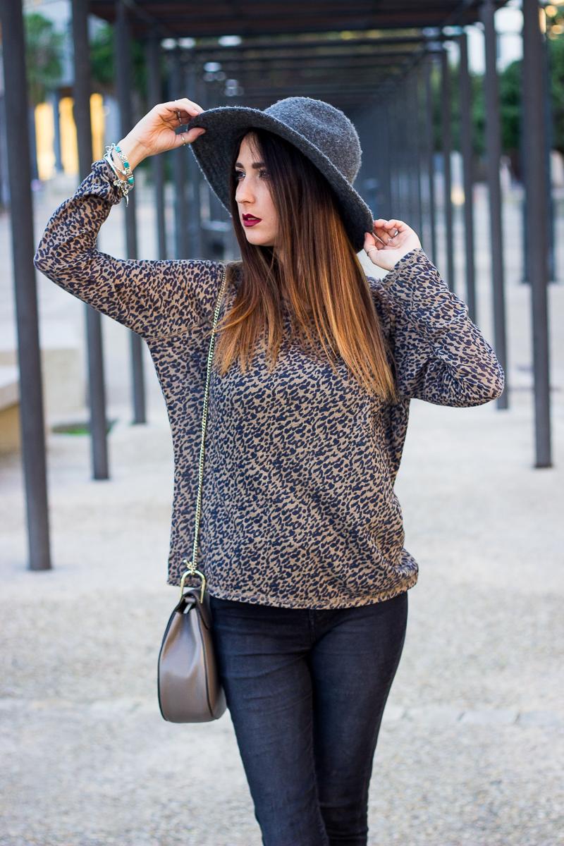 zara sweater leopard