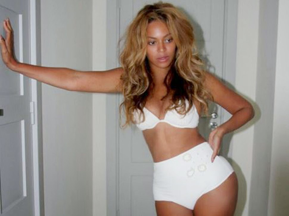 Nice Beyonce In Underwear Photos