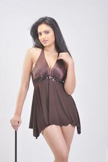Actress-Ritu-Kaur-Hot-Photos_actressphotoszone.blogspot.com_30.jpg