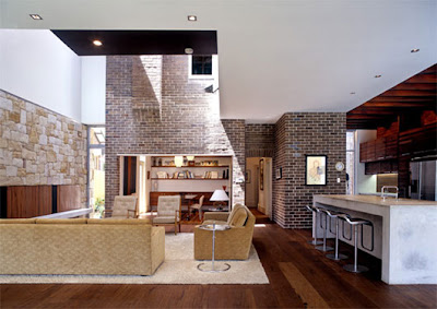 Luxurious and Spectacular Home Interior with Modern and Traditional Style Combination