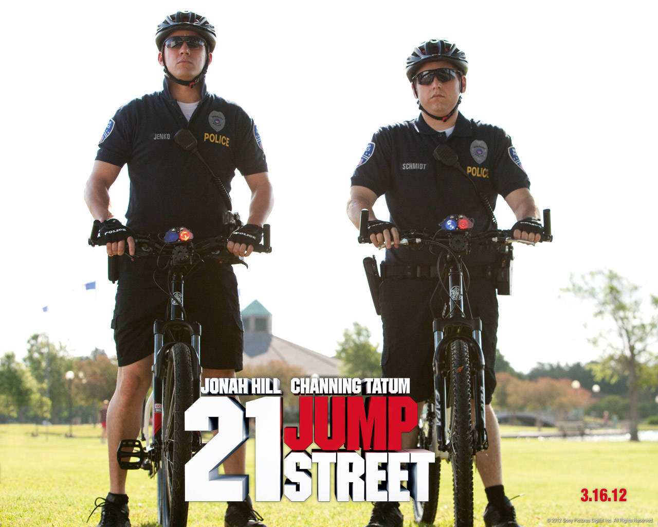 http://4.bp.blogspot.com/-8xqtUzIaZ_I/T5MJHYLuabI/AAAAAAAAGvc/rHMW6MUiJuY/s1600/21Jump_Channing+Tatum+Scandal+_JHill.jpg