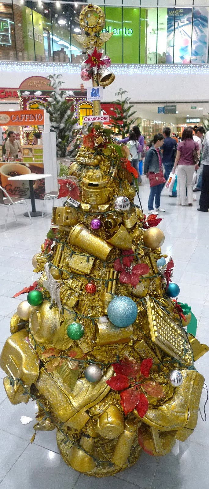 Christmas Tree Making Contest Entry