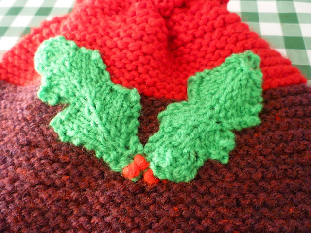 make do and mend christmas tea cosy via lovebirdsvintage