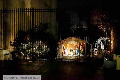 foto kucing di rumah natal 05