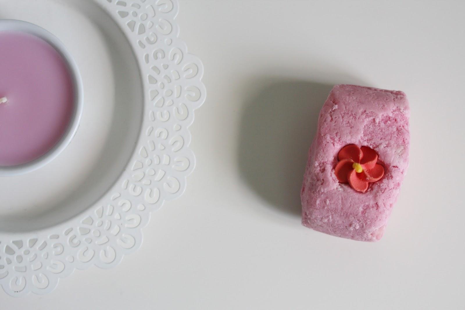 Lush Creamy Candy Bubblebar