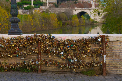 Love locks on Ponte Milvio, Rome