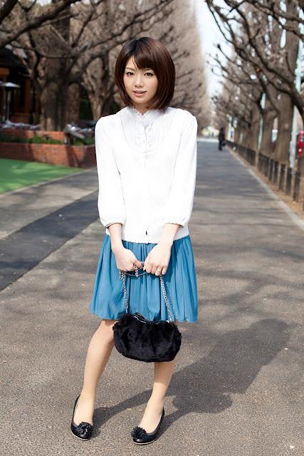 Nozomi+Mayu+hello+office+girl01.jpg
