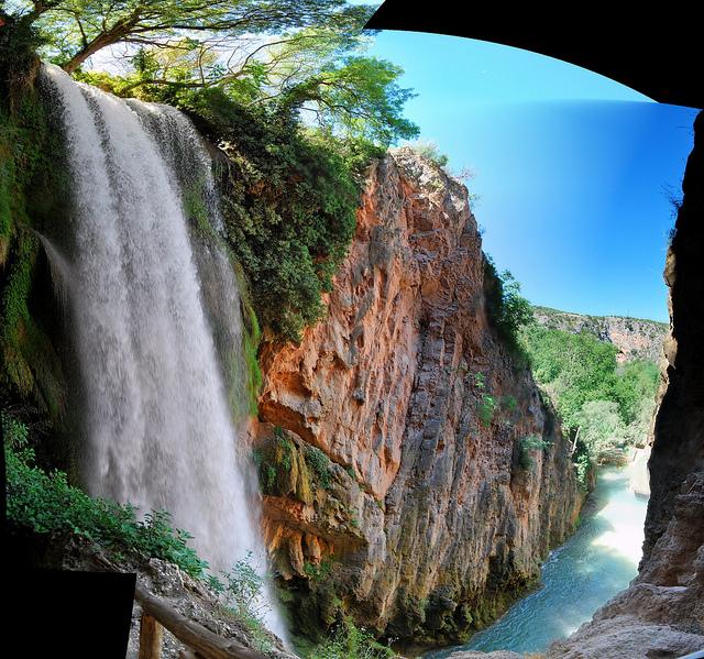 Horsetail Falls, Monterrey