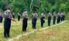 ADIESTRA IPAX A POLICÍAS EN PRÁCTICAS DE TIRO REAL