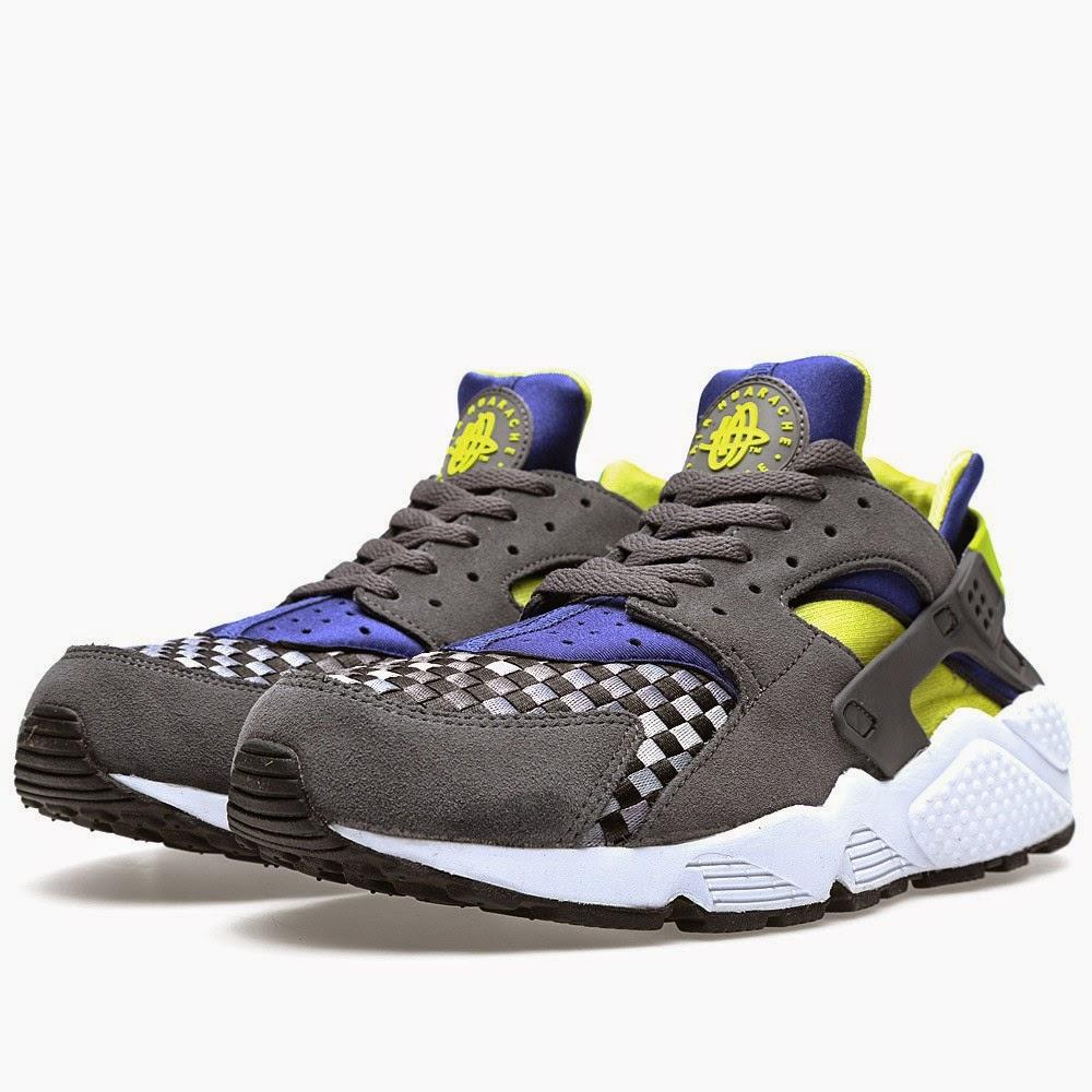 Nike Air Huarache Dark Grey & Venom Green