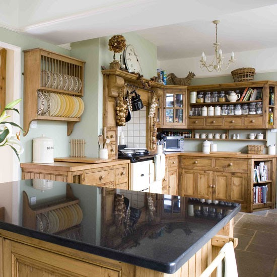 New home interior design traditional kitchen decorating ideas for Pine kitchen ideas