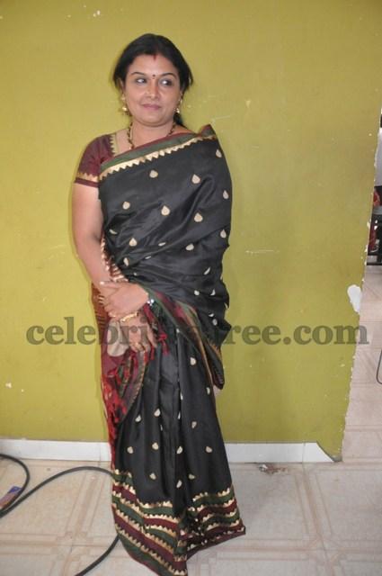 Tamil Actress In Silk Saree Saree Blouse Patterns
