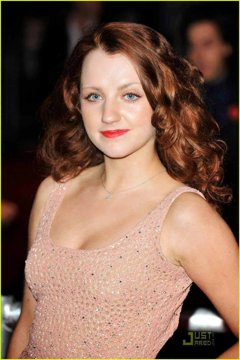 Super Hollywood: Evanna Lynch Hot Images Gallery 2012