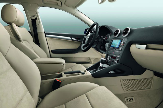 2011 Audi A3 Sportback Interior Front