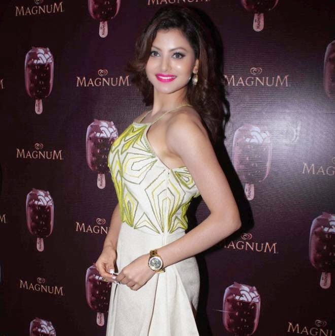 urvashi rautela latest photos in short mini dress