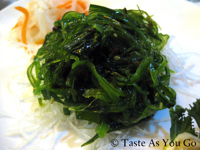 Seaweed Salad at Amura - Dr. Phillips in Orlando, FL (Photo by Michelle Judd of Taste As You Go)
