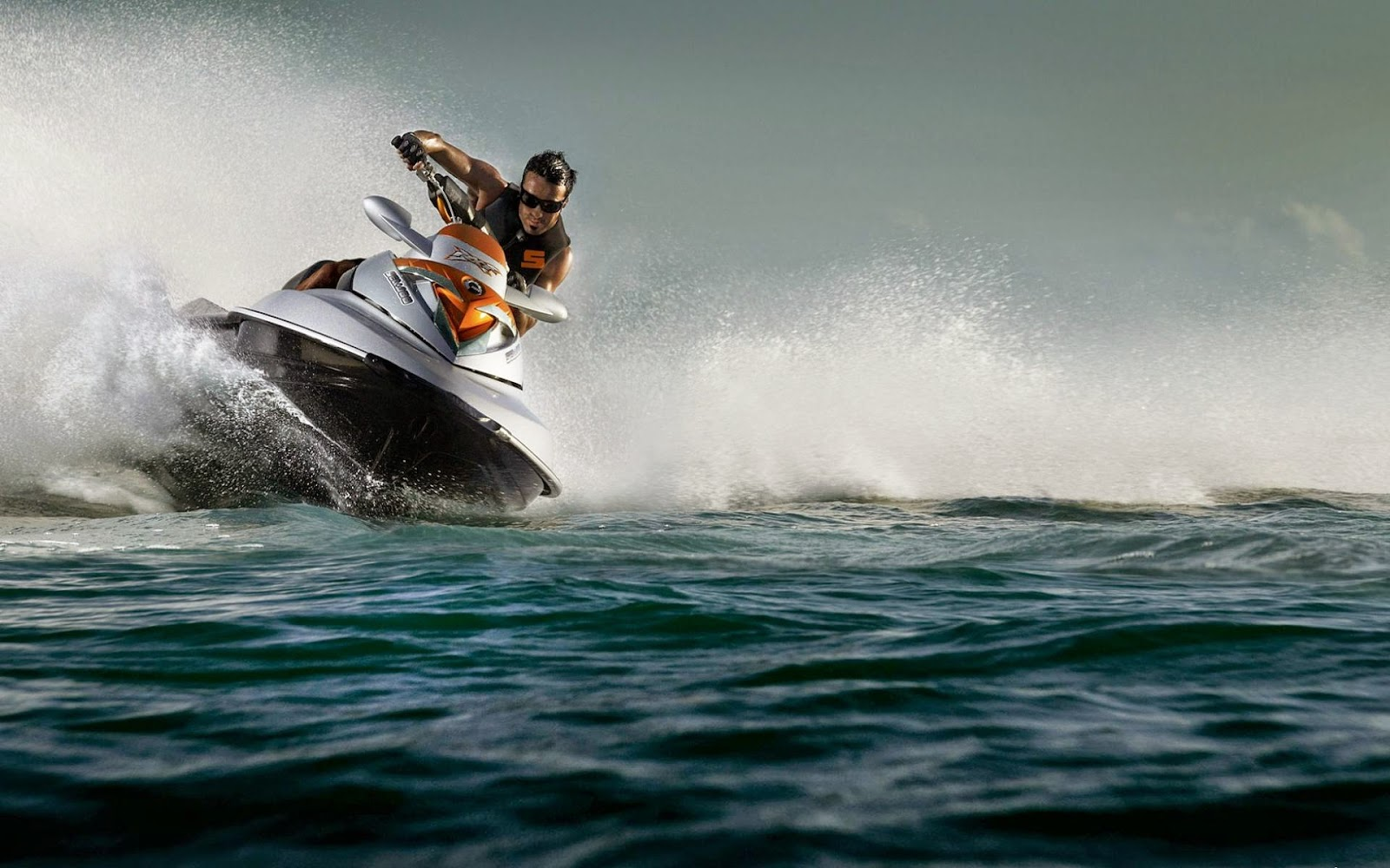 Jet Ski Wallpaper HD