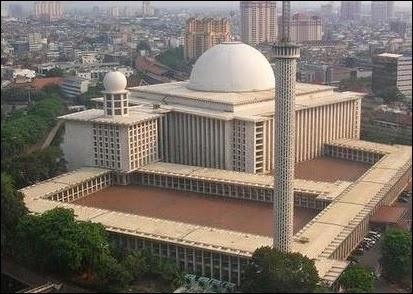 Daftar Lokasi Tempat Wisata Di Jakarta yang Nggak Boleh Dilewatkan