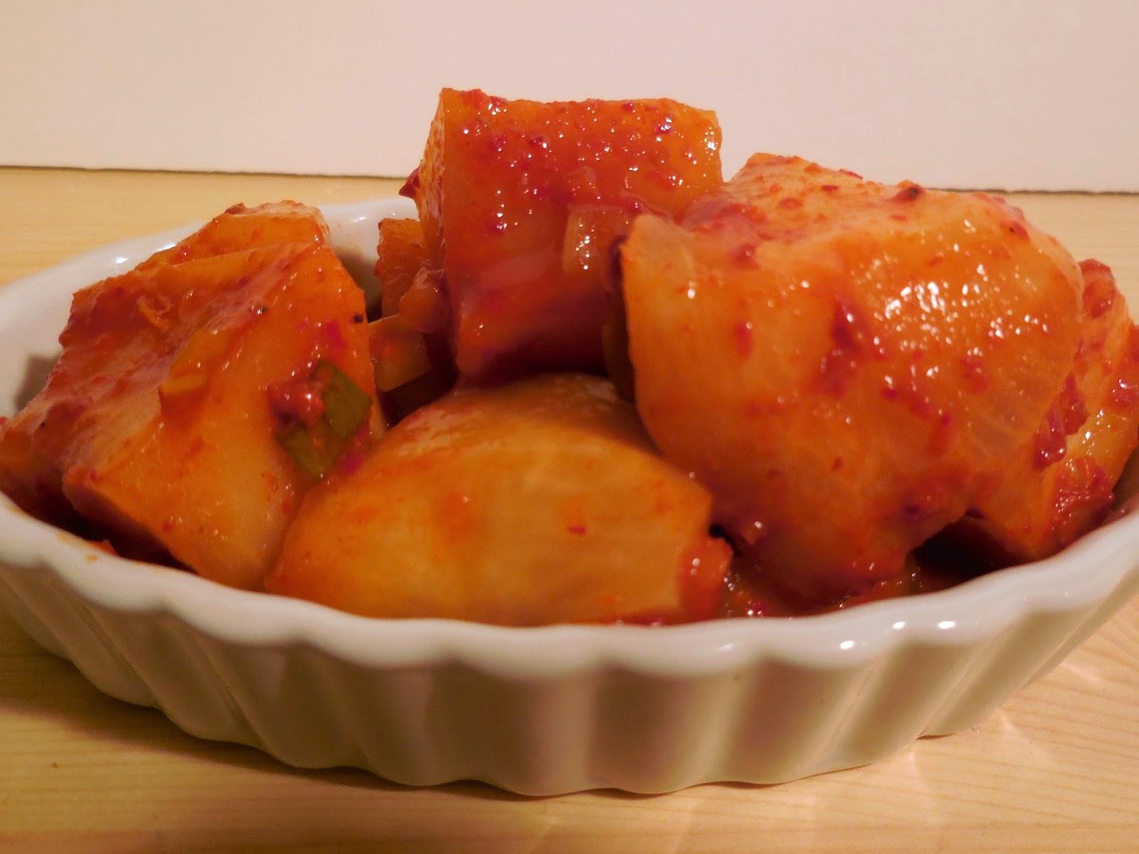 My Korean Table: Kkakdugi: Radish Kimchi