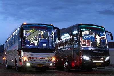 Foto bus pariwisata  Skyliner dan Jetbus HDSE PO Marissa Holiday