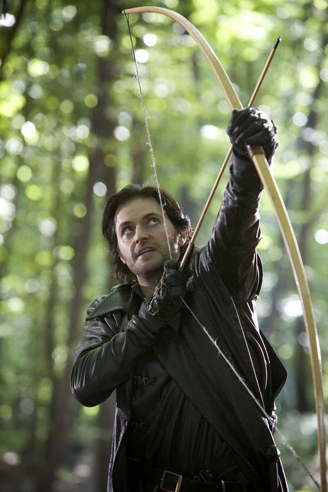 Richard Armitage bow arrow