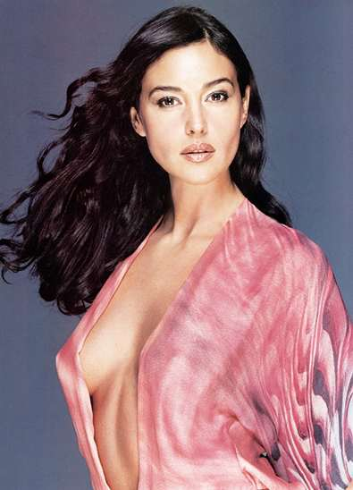 Monica Bellucci hd wallpaper