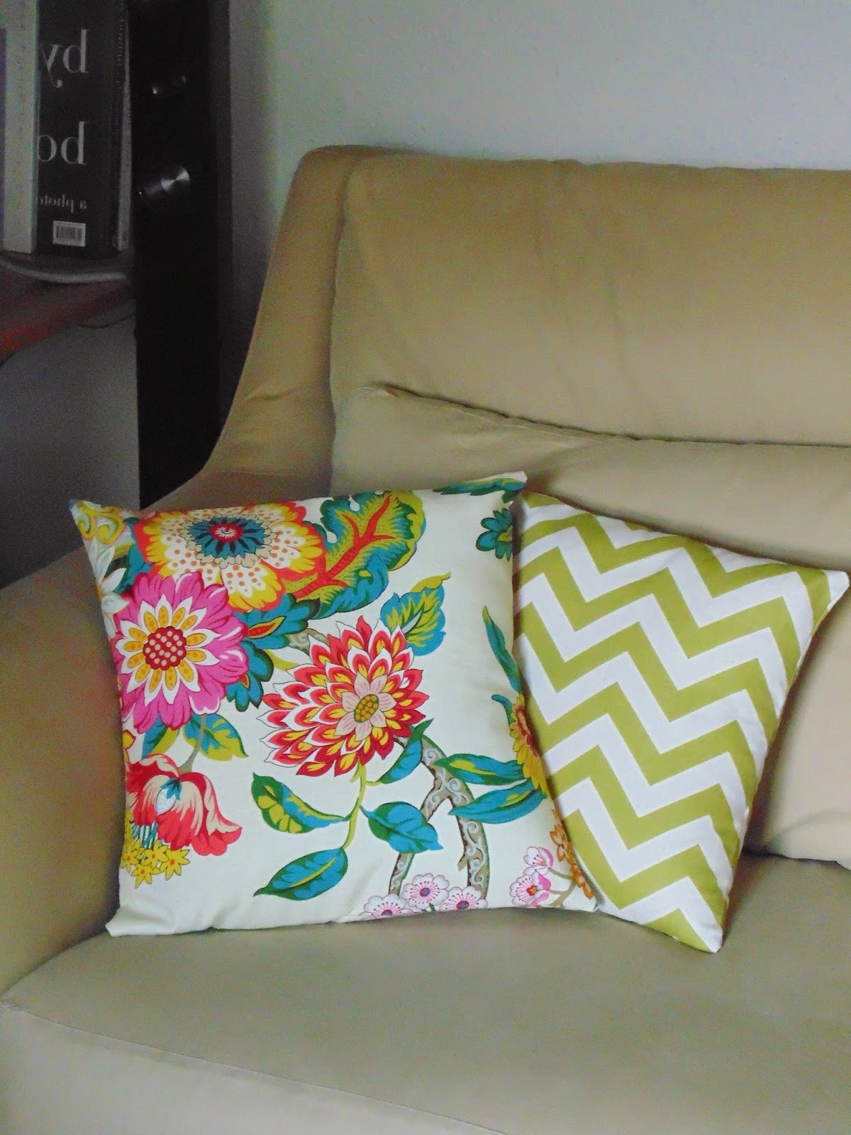 Diary of a Chain Stitcher: Mood Fabrics Cotton Canvas Print Cushion Covers