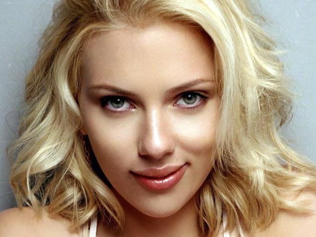Scarlett Johansson Escote Hd Wallpaper