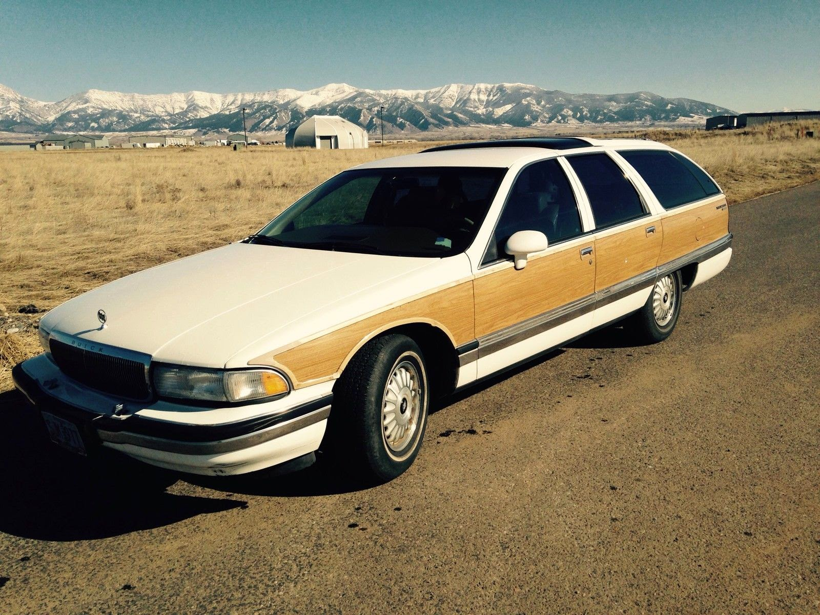 Daily Turismo 5k Seller Submission 1992 Buick Roadmaster Estate Wagon 94 96 The 4000 Lb B Body Was Canceled In 1996 At Time It Last Full Sized Station And Rear Drive Automobile From