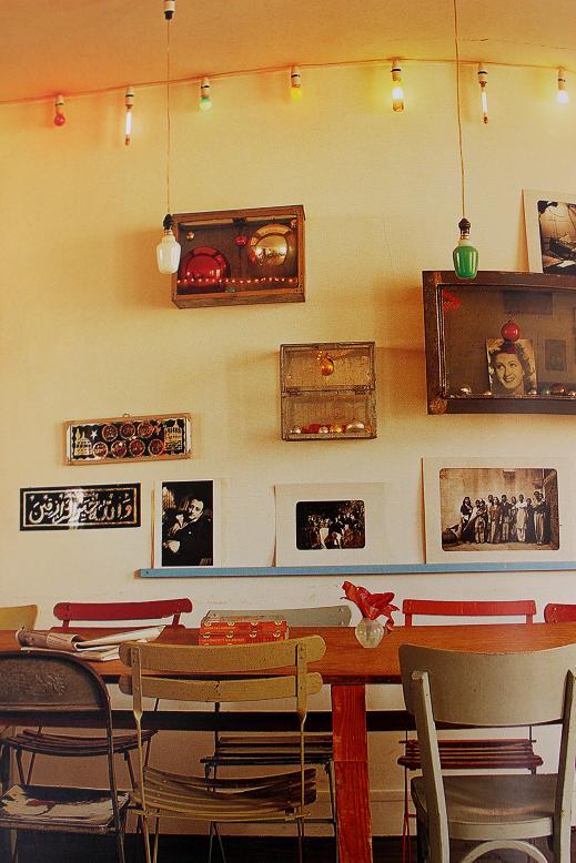 cuadros vintage en la pared