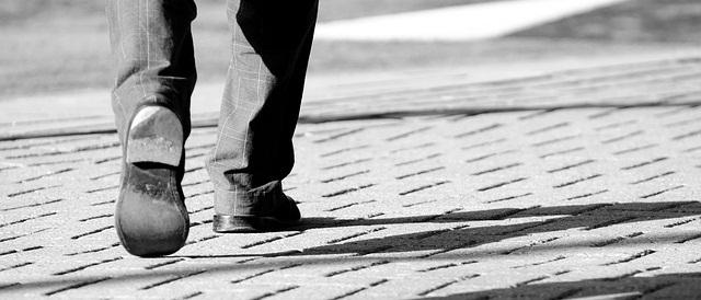 Hadirkan Allah dalam setiap Langkah kita