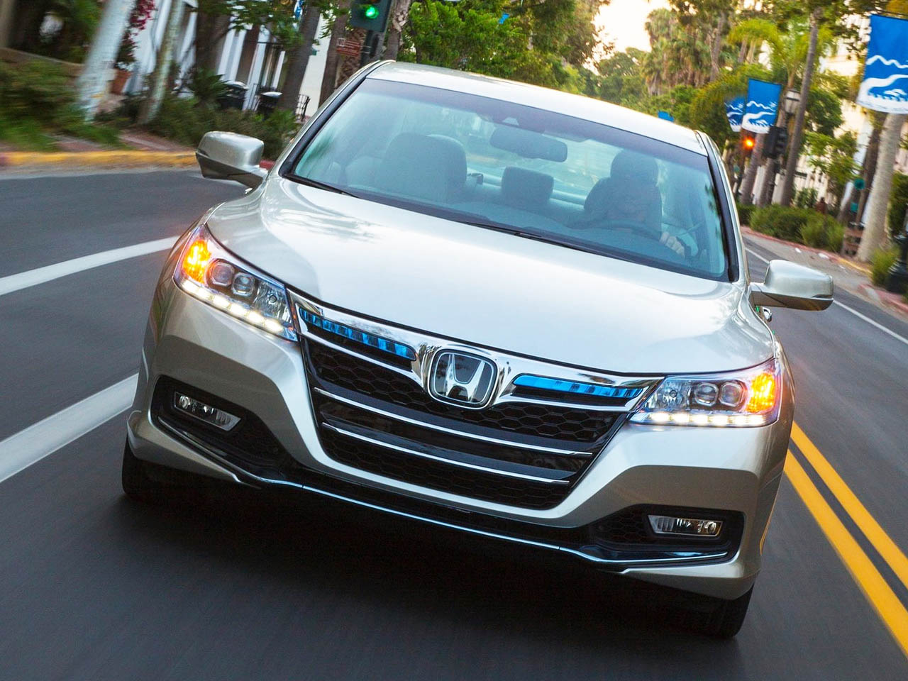 2014 Honda Accord Hybrid Technology Version
