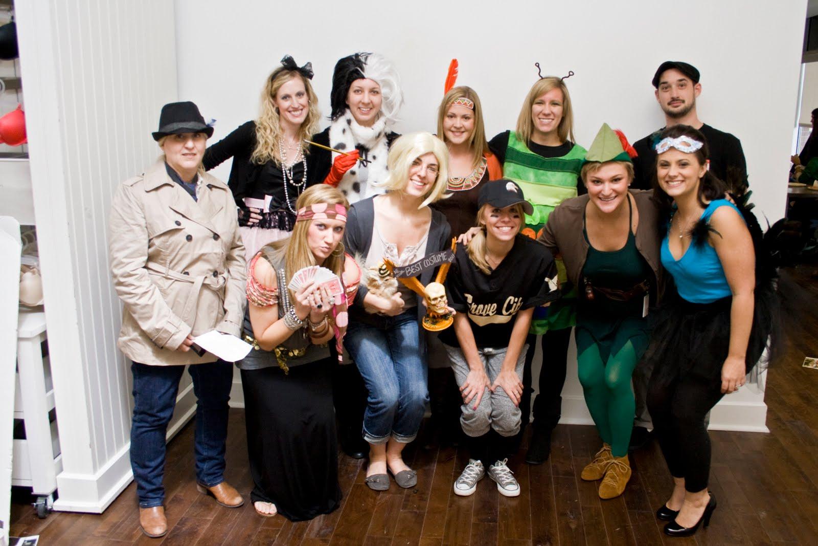 Office halloween costumes - Happy Halloween Office Edition