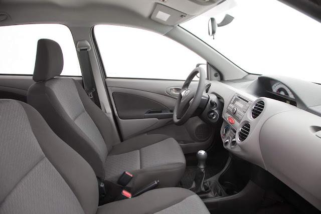 Toyota Popular - Etios - painel