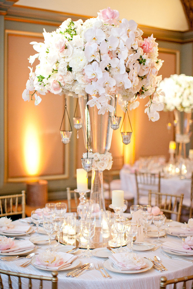12 stunning wedding centerpieces part 17 belle the for Center arrangements for weddings