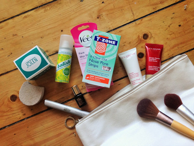 Cosmetic Products In My Makeup Bag: Face Masks, Moisturisers, Pore Strips
